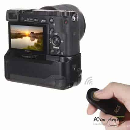 Neewer Battery Grip for Sony A6000