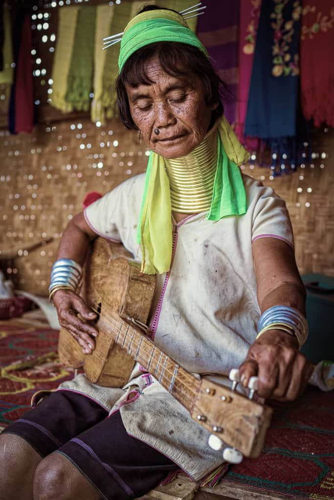 A Karen Longneck woman in Panpet Village